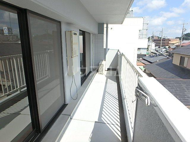 パシフィー松本 301号室のバルコニー
