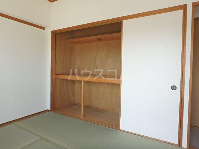 パシフィー松本 301号室の収納