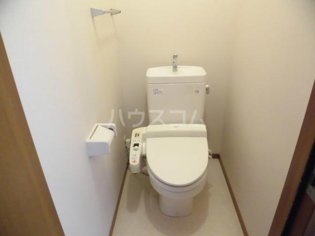 エクレール 101号室のトイレ