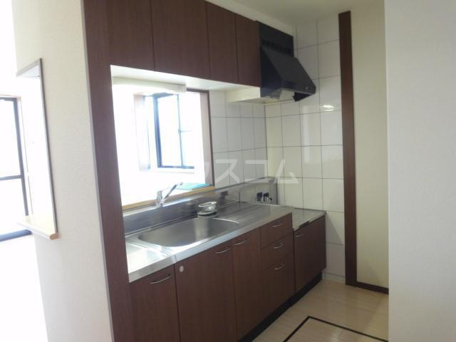 サンライトクロス 103号室のキッチン
