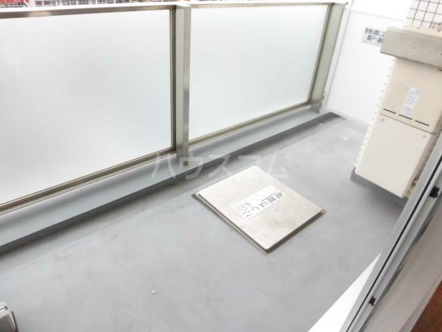 スマイルパークトダビル レジデンス 603号室のバルコニー