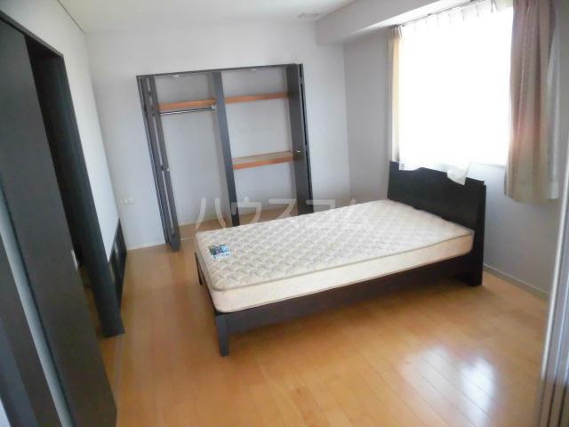 スマイルパークトダビル レジデンス 701号室のベッドルーム