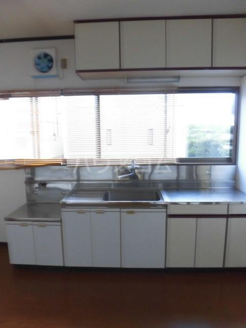 岩清水様アパート 2FS号室のキッチン