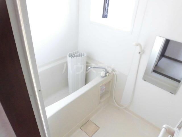 岩清水様アパート 2FS号室の風呂