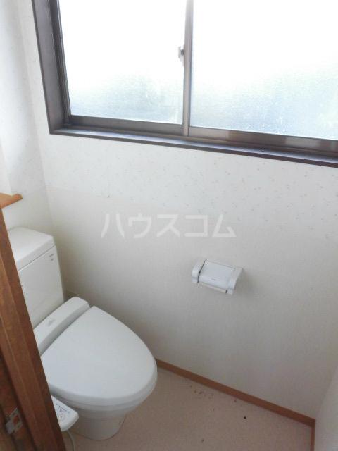 岩清水様アパート 2FS号室のトイレ