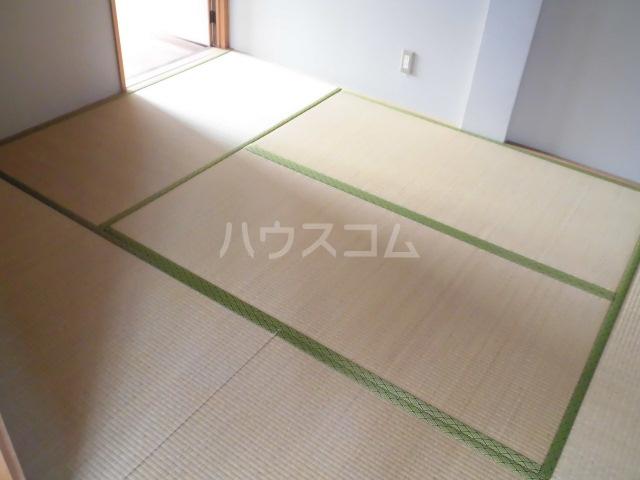 岩清水様アパート 2FS号室の居室