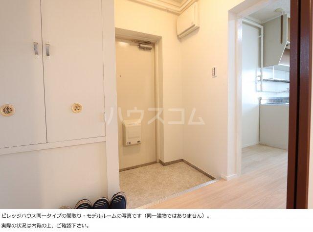 ビレッジハウス菊川1号棟 403号室の玄関