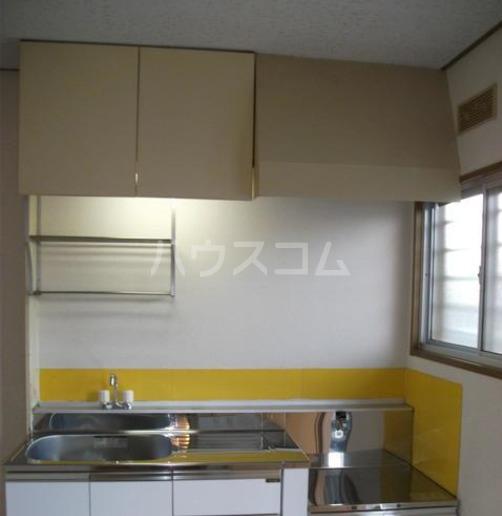 鶴田ハイツ 101号室のキッチン