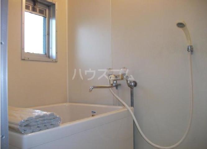 鶴田ハイツ 101号室の風呂