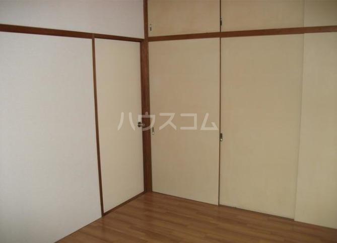 鶴田ハイツ 101号室の収納