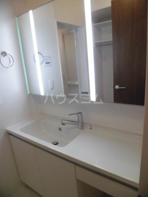 グランドソレイユⅡ 102号室の洗面所