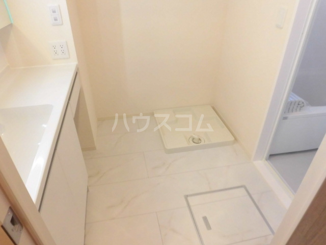 グランドソレイユⅡ 105号室の洗面所