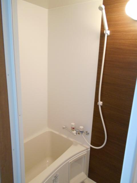 AMBITION 201号室の風呂