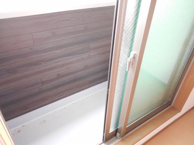 AMBITION 201号室のバルコニー