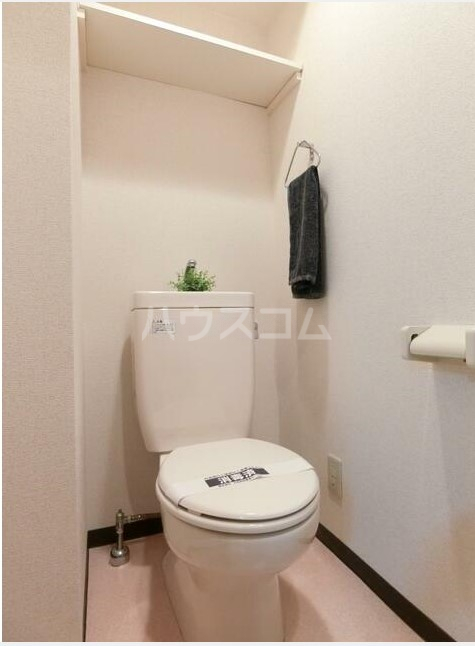スカイコート中野第二 502号室のトイレ