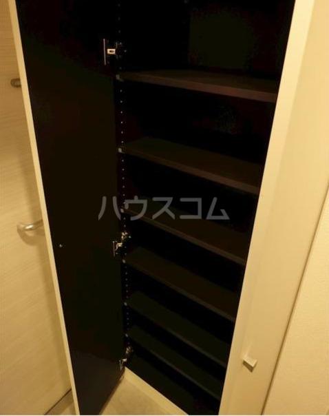 ZOOM新宿下落合 602号室の収納
