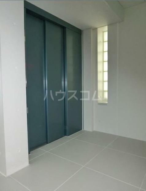 ZOOM新宿下落合 702号室のベッドルーム