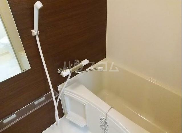 グレイスヒルズ新中野 203号室の風呂
