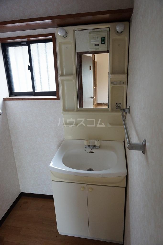 パールハイツCの洗面所