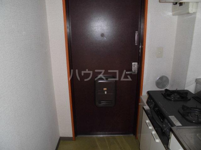 萩原ハイツ 101号室の玄関