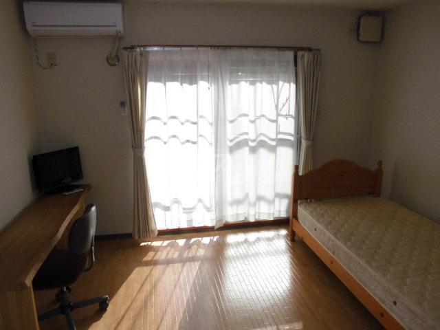 萩原ハイツ 101号室のベッドルーム