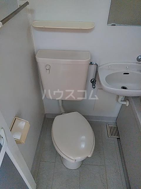 アルザス三番館 201号室のトイレ