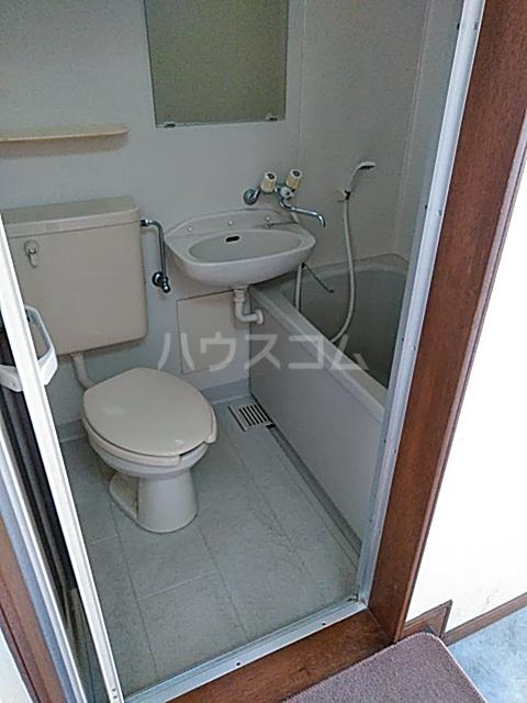 アルザス三番館 201号室の風呂