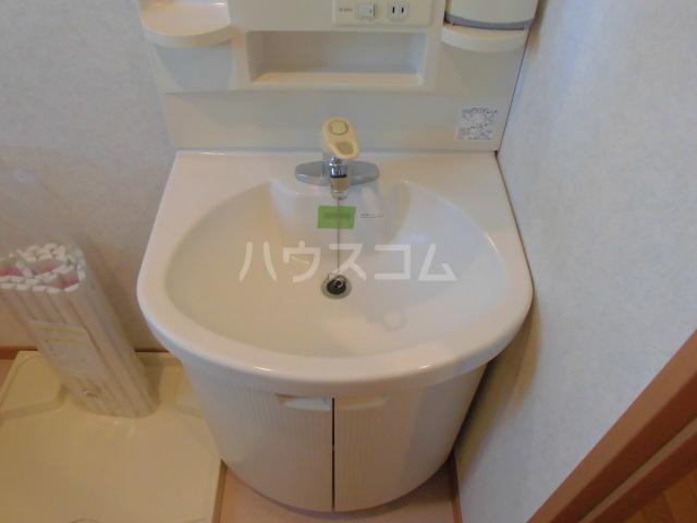 ラ・フレイズⅡ 1107号室の洗面所