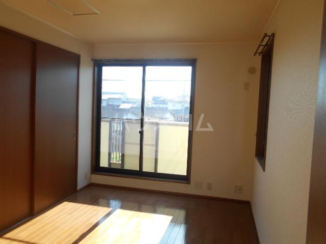 シーダーハウスⅡ 201号室の居室