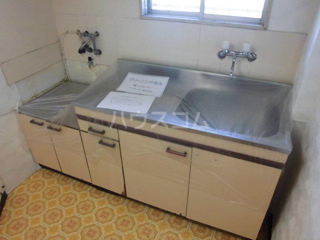オギハラマンション北棟 201号室のキッチン