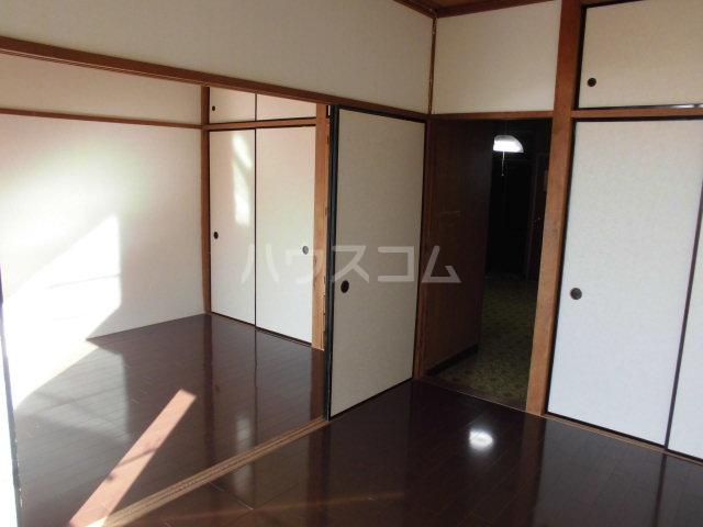 オギハラマンション北棟 301号室のベッドルーム