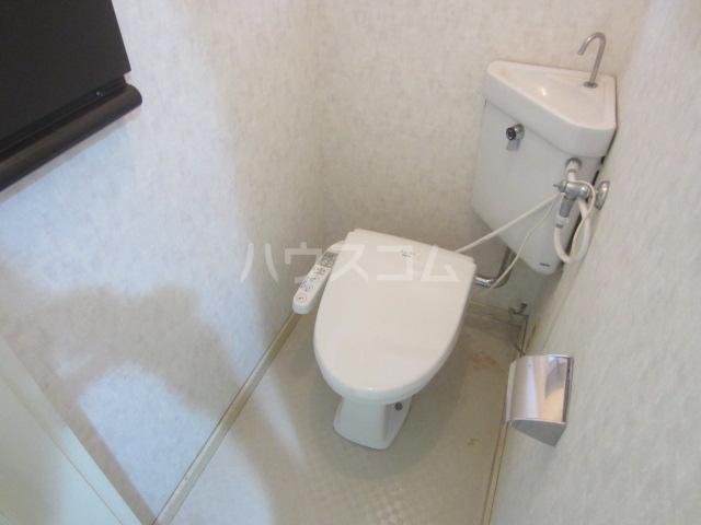 ジュネスシンソン北棟 101号室のトイレ