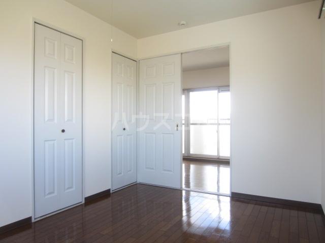 清水第三マンション 301号室のキッチン