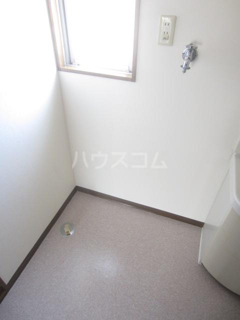 清水第三マンション 301号室の