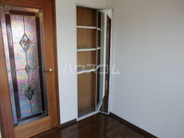 清水第三マンション 301号室の収納