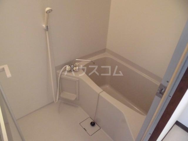 清水第三マンション 301号室の風呂