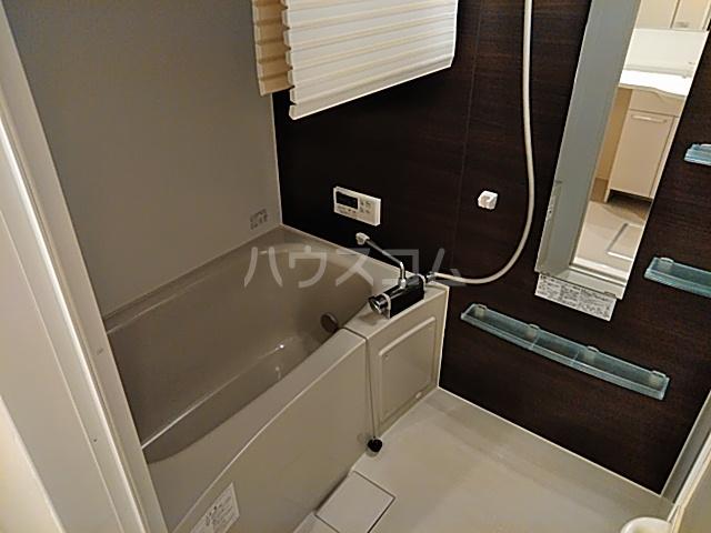 オペラハウス上大島C 206号室の風呂