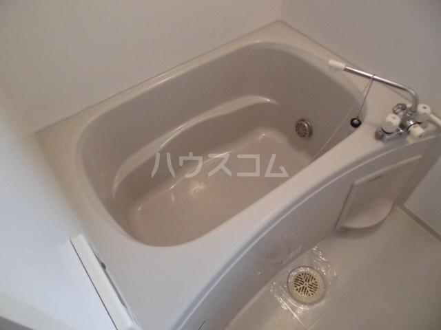 フラワーロード 203号室の風呂
