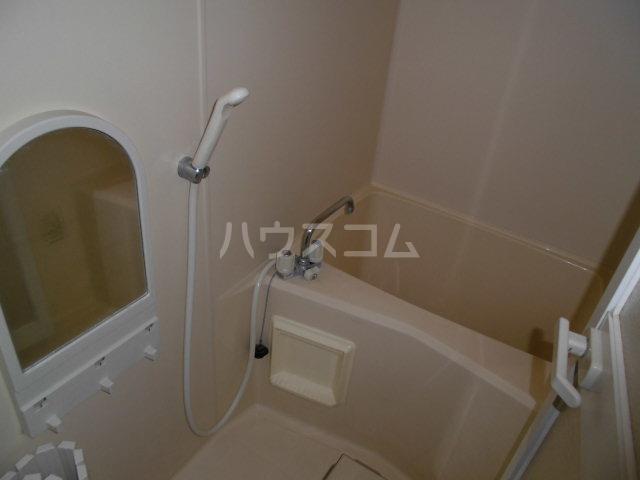 ドミトリー下小出 303号室の風呂