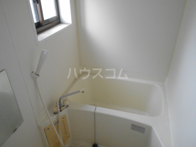 ピカデリーヒルズA 102号室の風呂
