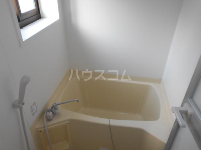 シルクヒルズB 102号室の風呂