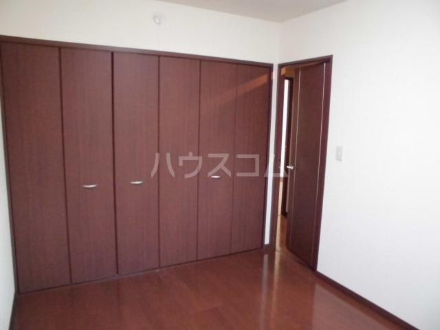 ソレアードM 301号室の居室