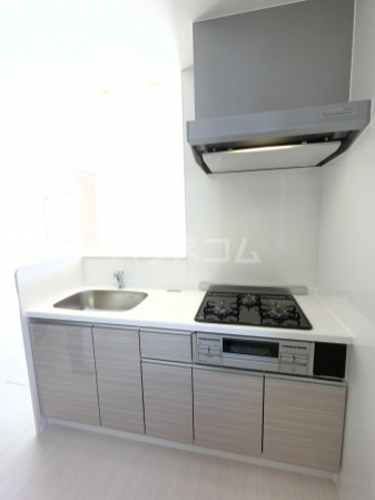 Famille Maebashi 105号室のキッチン