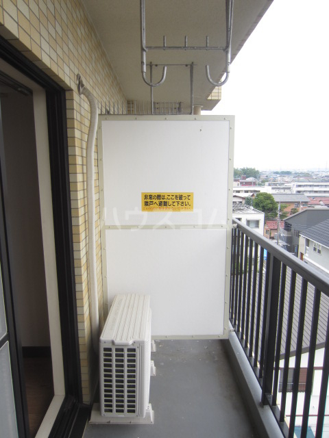 ダイアパレス前橋元総社 607号室のバルコニー