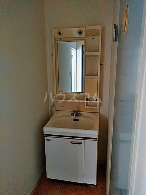 塩野ビル 3-C号室の洗面所