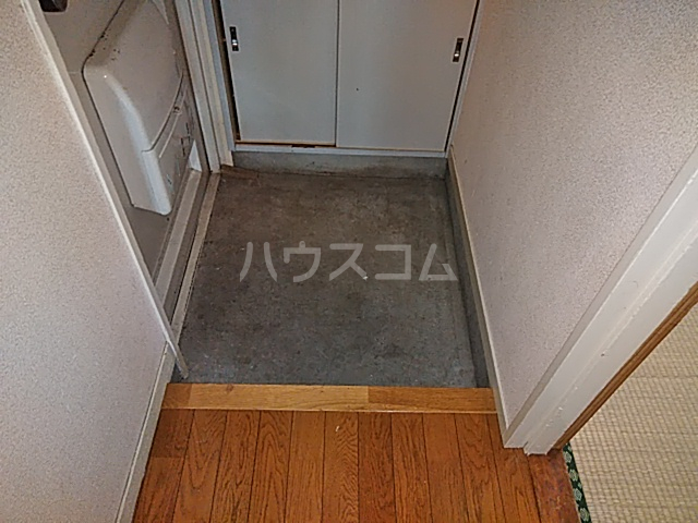塩野ビル 3-C号室の玄関