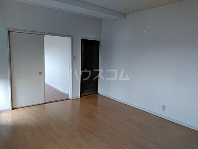 塩野ビル 3-C号室のベッドルーム