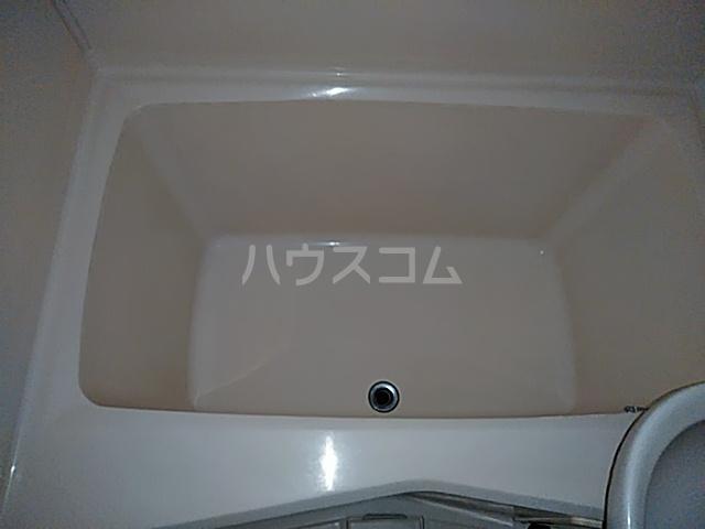 ハピネスハイツ 102号室の風呂