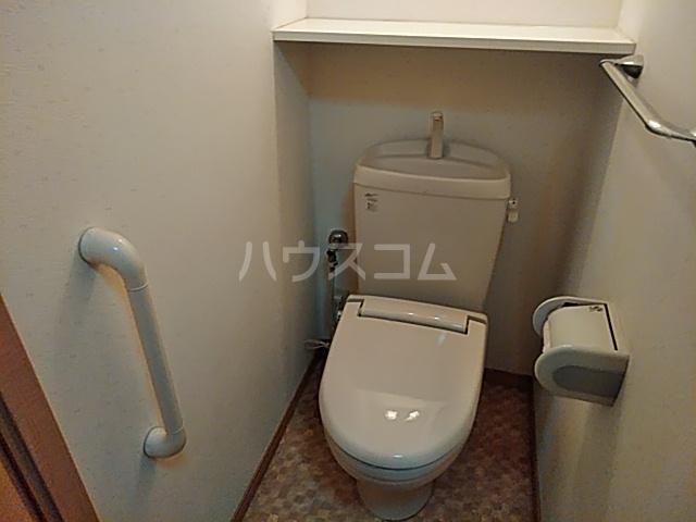 クレイドル若宮 102号室のトイレ