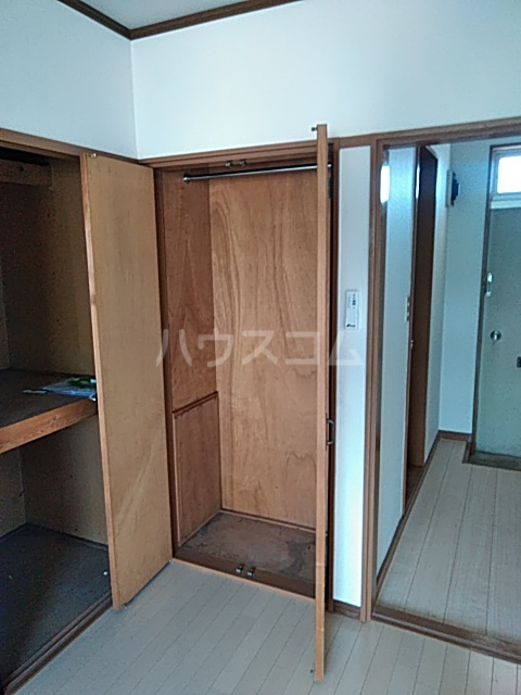 コーポ野村 202号室の収納